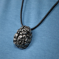 ec32_anatomical_brain_pendant_inuse