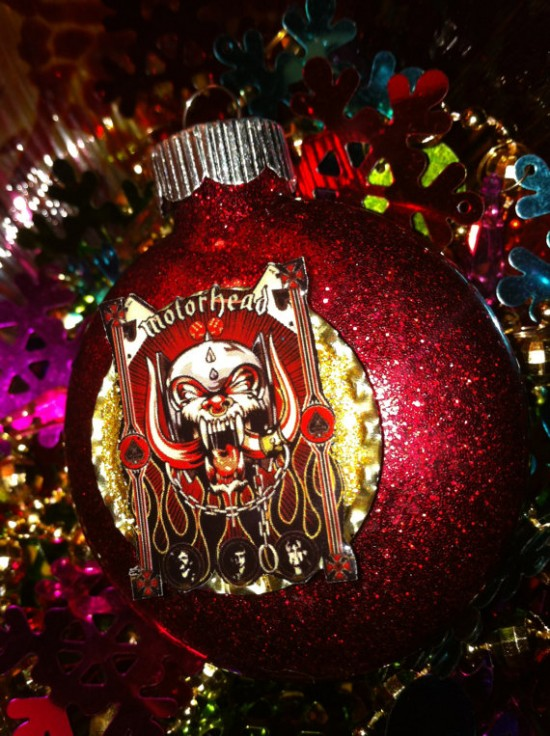 tags ball christmas glitter heavy metal - Heavy Metal Christmas Decorations