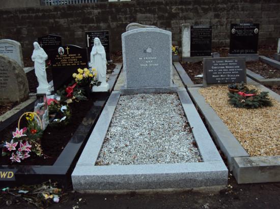 Han Hogerbrugge - like grave